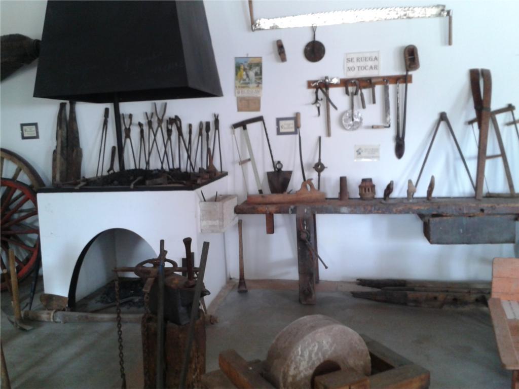 Fragua y herramientas