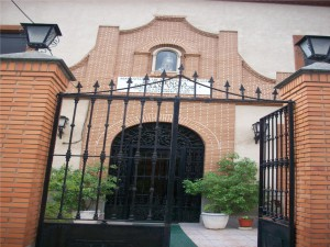 entrada a residencia
